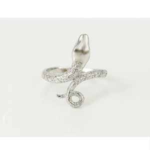 Oriģinala dizaina gredzens ar baltiem cirkoniem, rodija pārklājums