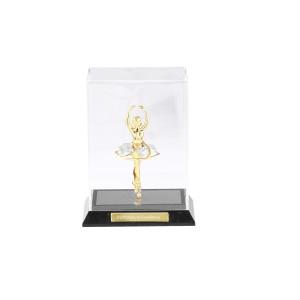 Balerīna, caurspīdīgā kastītē no organiska stiklā ar SWAROVSKI kristāliem,zelta pārklājums. Izmērs 17,5*7-11,5 cm.