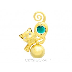 Kaķis ar zaļiem SWAROVSKI kristāliem, uz lodveida pamatnes, zelta pārklājums. Izmērs 6 x 9 cm.