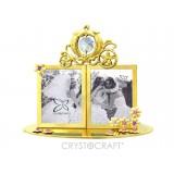 Fotorāmītis kāzu, uz pamatnes, ar SWAROVSKI kristāliem, zelta vai sudraba pārklājums. Izmērs 12 x 5,5 x 10,5 cm.