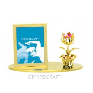 Fotorāmītis ar ziedu, uz pamatnes, ar SWAROVSKI kristāliem, zelta pārklājums. Izmērs 10 x 4,5 x 6,5 cm.