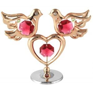 Divi balodīši un sirds, ar SWAROVSKI kristāliem, uz pamatnes, rozā zelta pārklājums. Izmērs 7 x 10 cm.