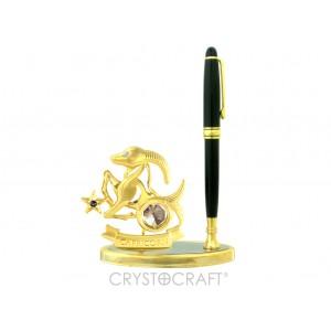 Zodiaka zīme MEŽĀZIS - pildspalvas turētājs, ar SWAROVSKI kristāliem, zelta pārklājums. Izmērs 10,5 x 15,5 x 5 cm.