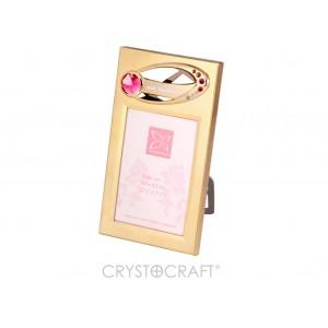 Fotorāmītis ar SWAROVSKI kristāliem, zelta pārklājums. Izmērs 14 x 8  cm.  Fotogrāfijas izmērs: 6,4*8,9.