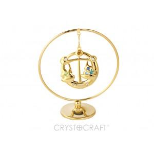 Zodiaka zīme SVARI iekārts ķedītē aplī ar SWAROVSKI kristāliem, uz pamatnes, zelta pārklājums, izmērs 7,1 x 8 cm.